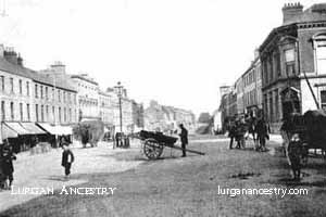 High Street in the early 1900's